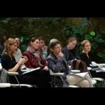 Zamišljanje radikalno drugačnih prihodnosti: Dialektika spola in feministične utopije danes